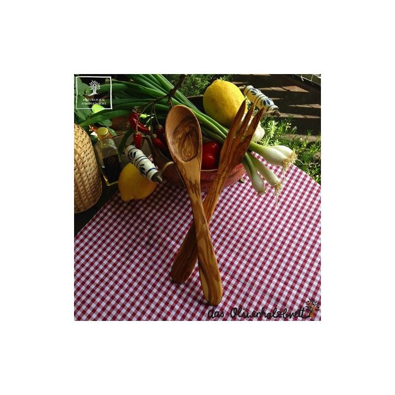 salatbesteck olivenholz der praktische klassiker und t glicher k chenhelfer servierbesteck. Black Bedroom Furniture Sets. Home Design Ideas
