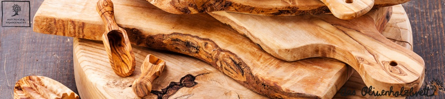Cutting boards made of olive wood facilitate the work in the kitchen